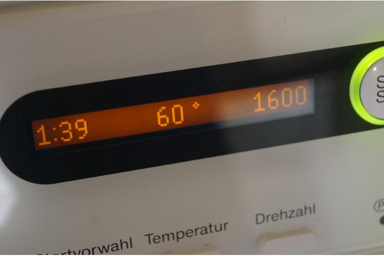 Pračka Miele W5825 WPS softtronic - 1600 otáček na 8 kg